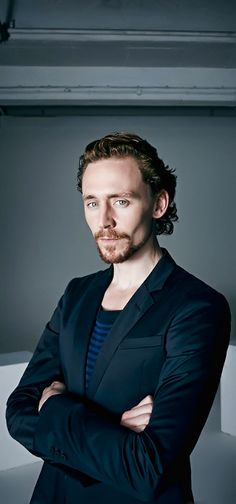 Tom Hiddleston by David Venni. Full size: http://i.imgbox.com/2a52RTod.jpg. Source: Torrilla