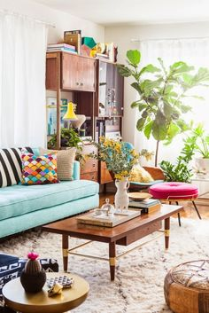Bohemian Living Room - Lots of color and natural elements