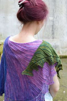 Now in a minute shawl: Knitty Spring+Summer 2013