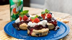 7UP, berries and biscuits combine for the perfect sweet and fluffy end to your summer meal.