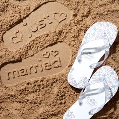 eba852202988 We have our fabulous  Just Married  flip flops by Zohula available in sizes  small