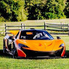 Mclaren p1 colores and coches on pinterest for Mclaren carro de paseo