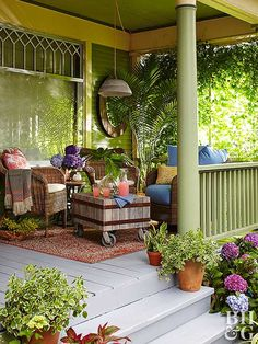 Must-See Front Porch Ideas Featuring Flea Market Finds outdoor porch green room A soft landing area Front Porch Design, Screened In Porch, Patio Design, Summer Front Porches, Cabin Porches, Porch And Balcony, Porch Roof, Outdoor Rooms, Outdoor Living