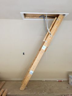 2015-06-06 Garage ladder ready to go.