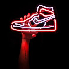 Sneakers Wallpaper, Shoes Wallpaper, Wallpaper Iphone Neon, Nike Wallpaper, Iphone Wallpaper Tumblr Aesthetic, Red Wallpaper, Red And White Wallpaper, Chill Wallpaper, Jordan Noir