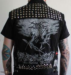 Diztrakta's Darkthrone, Absu, Watain, black metal battle jacket Battle Jacket | TShirtSlayer Spiked Leather Jacket, Studded Jacket, Punk Outfits, Gothic Outfits, Fashion Outfits, Anti Fashion, Punk Fashion, Punk Jackets, Battle Jacket