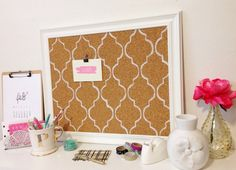 To make your won cork board ideas is easy. In this article, you can make diy cork board for your home and corkboard for your home office Cork Board Ideas For Bedroom, Diy Cork Board, Burlap Cork Boards, Office Bulletin Boards, Cork Bulletin Boards, Mediterranean Tile, Framed Burlap, Wall Planner, Decor Inspiration