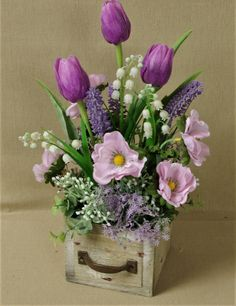 Orchid Flower Arrangements, Christmas Flower Arrangements, Beautiful Flower Arrangements, Beautiful Flowers, Nylon Flowers, Paper Flowers, Early Spring Flowers, Fleurs Diy, Cemetery Flowers