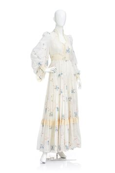 f2a48acec2d9 Reserved//Vintage 70s Ivory Floral Gunne Sax Hippie Boho PRAIRIE Laced  Angel Sleeves Full Pleated Tiered Maxi DRESS