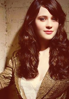 Zooey Deschanel- Oh my goodness, SUCH a beautiful picture of Zooey! I want her hair. Wonderful!