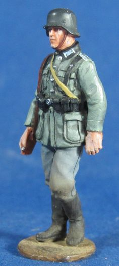 WW 090 WEHRMACHT PRIVATE MARCHING  3