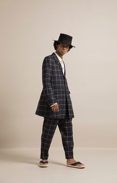 HOMME 2019 S/S 017, CARLO BARBERA&C. Silk Wool Window Pane 3B Single Tailored Jacket   ARC-J06-102H, 60/- Special Dyed Linen Baggy Shirt   ARC-B02-301, CARLO BARBERA&C. Silk Wool Window Pane Tapered Pants   ARC-P01-102H Baggy Shirts, Tailored Jacket, Silk Wool, Normcore, Hipster, Window, Pants, Jackets, Fashion