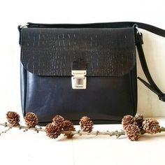 zosia z lasu (@zosiazlasu) • Zdjęcia i filmy na Instagramie Stripes, Handmade, Bags, Instagram, Handbags, Hand Made, Bag, Totes, Handarbeit