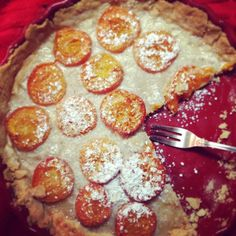 Wir sind im Backwahn : ) Heute gibt es Kokos-Marillen-Tarte! #diebackladies  #yummies #ilovesummer Pepperoni, Pizza, Sweets, Food, Brioche, Pie, Bread Baking, Food Food, Goodies