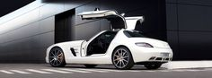 Enhanced driving dynamics - SLS AMG GT. Fuel consumption combined: 13,2 l/100km, CO2 emissions combined: 308 g/km. #MBCars