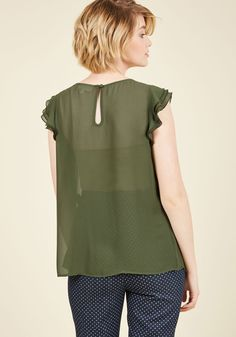 Ruffle Foraging Top in Fern. Scouring your closet for a great ensemble treasure, you spy this ruffled top from our ModCloth namesake label and decide its the perfect piece for the day! Green Blouse, Modcloth, Spy, Cap Sleeves, Discovery, Label, Feminine, Neckline, Tunic Tops