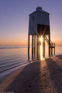 Burnham-on-Sea Lighthouse - Somerset, England Beacon Tower, Lighthouse Lighting, Gary Clark, Sea Pictures, Harbor Lights, Somerset England, Burnham, Sea And Ocean, Windmills