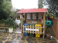 Casas Pradina colabora en el mantenimiento y conservación del medio ambiente, al crear Beni el pequeño punto limpio de Casas Rurales Pradina. www.casaspradina.com https://www.flickr.com/photos/casaspradina/5911796874/in/album-72157626544815413/