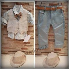 Street Styles, Kids Outfits, Khaki Pants, Fashion, Suits, Moda, Khakis, Fashion Styles, Street Style
