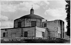 Frits Peutz, Sint-Annakerk, Heerlen 1952-1953 Parochie H. Moeder Anna, Bekkerveld Heerlen. Op 25 juli 1953 werd de Annakerk in gebruik genomen. Ontwerp Frits Peutz
