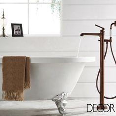 A Doka Bath Works apresenta a linha de metais de banho Ever ORB que explora a cor bronze e proporciona luxo ao décor a partir de peças com detalhe escovado.