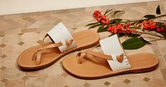 Inspired by classic Greek sandals, our new slotted thong sandal is designed for effortless getaway style. Part of our new leather soled sandal collection, this design features three simple stitches as a subtle nod to our signature jute soles. #soludos