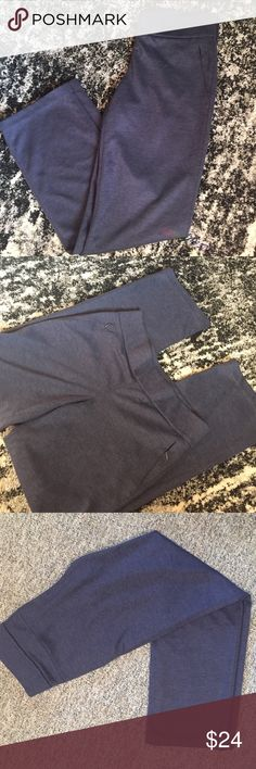 Elie Tahari Med knit blue slacks - Nice and comfy! blue knit slacks 70% polyester 30% cotton size medium inseam measures i32 inches -waste laying flat is 16 inches. The waist has 2.5 wide band (elastic) Elie Tahari Pants Trousers