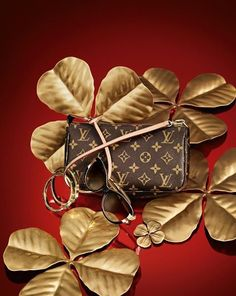 Four-leaf clovers and a few key Louis Vuitton accessories will be sure to get Lady Luck on your side this Holiday season. Four-leaf clovers and a few key Louis Vuitton accessories will be sure to get Lady Luck on your side this Holiday season. Louis Vuitton Sale, Louis Vuitton Online, Louis Vuitton Handbags, Louis Vuitton Monogram, Vuitton Bag, Lv Pochette, Vogue, Louis Vuitton Accessories, Beautiful Handbags
