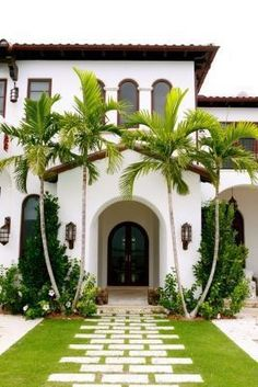 modern spanish house modern homes modern homes exterior modern and beautiful small houses modern house designs modern modern spanish revival house plans Spanish Style Homes, Spanish Revival, Spanish House, Spanish Colonial, Spanish Modern, Spanish Style Decor, Spanish Exterior, Exterior Design, Interior And Exterior