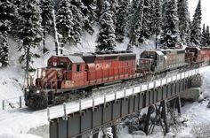 the Snow Diorama by Stefan Foerg & Jürg Rüedi Locomotive, Escala Ho, Model Training, N Scale Trains, Hobby Trains, Model Train Layouts, Scale Models, Instant Access, Rome