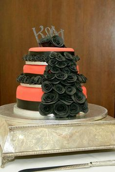 ... Pinterest  Themed cakes, 3 tier wedding cakes and Cream wedding cakes