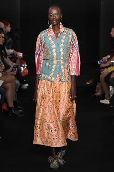 Manish Arora Spring 2018 Ready-to-Wear Collection Photos - Vogue