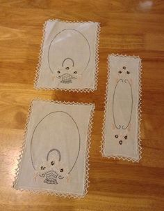 HAND EMBROIDERED DOILIES Set Of Three With Flower Baskets Crochet Trim  | eBay