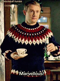Did ever an ugly sweater or a cup of #tea look so appealing as when adorning Martin Freeman. gif #celebrities