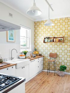 A modern Scandinavian kitchen renovation Most Popular Kitchen Design Ideas on 2018 & How to Remodeling New Kitchen, Vintage Kitchen, Kitchen Dining, Kitchen Decor, Kitchen Cabinets, Kitchen Ideas, Smart Kitchen, Modern Retro Kitchen, Kitchen White