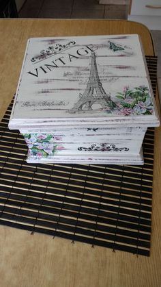 Decoupage Box, Decoupage Vintage, Wooden Projects, Diy Projects, Hobbies And Crafts, Diy And Crafts, Decoration Shabby, Face Painting Tutorials, Girls Jewelry Box