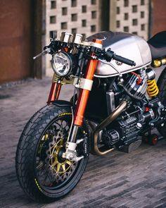 megadeluxe:  Sacha Lakic's Honda CX500 Cafe Racer. Via Garage Project Motorcycles.