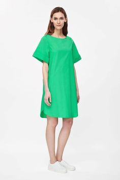 oliverands.com community content uploads 2015 03 green-dress.jpg