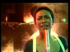 ▶ TOPPOP: Pointer Sisters - (She's Got) The Fever - YouTube