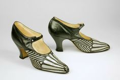 Art Deco 1920s Artists   ... Art Deco designers, artists, and architects in the 1920s. This pair of
