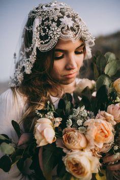 October Inspiration Shoot | India Earl Photography Bride La Boheme Veils