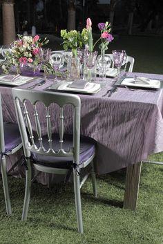 Mantel plata y cubre de brujas con servilleta azul y silla for Sillas para jugar xbox