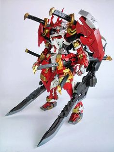 GUNDAM GUY: GUNDAM GUY: READERS FEATURE GUNPLA BUILD - 1/100 Astray Red Frame Custom by Zen Wawazer