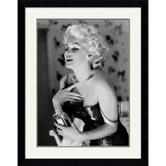 @Overstock - Artist: Ed FeingershTitle: Marilyn Monroe, Chanel No. 5Product type: Framed art printhttp://www.overstock.com/Home-Garden/Ed-Feingersh-Marilyn-Monroe-Chanel-No.-5-Framed-Art-Print/5607699/product.html?CID=214117 $208.99