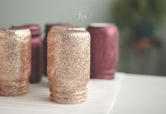 If you're dreaming of a rose gold Christmas, we're here to help. Check out the best DIY rose gold Christmas decorations right here for an unexpected, gorgeous twist, from trees to garlands and more. Best Gold Spray Paint, Copper Spray Paint, Spray Paint Colors, Painted Mason Jars, Mason Jar Diy, Glitter Projects, Craft Projects, Craft Ideas, Gold Glitter Mason Jar