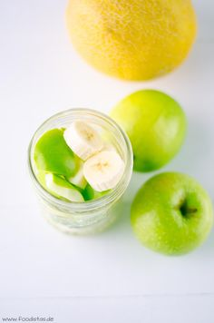 White Smoothie, weißer Smoothie, Smoothie mit Apfel und Banane, Smoothie Rezepte, sommerlicher Smoothie