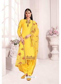Yellow Georgette Party Wear Salwar Suit Costume Marron, Costume Vert, Patiala Suit, Punjabi Suits, Churidar, Lehenga Choli, Pakistani Dresses, Indian Dresses, Costume Bleu Marine