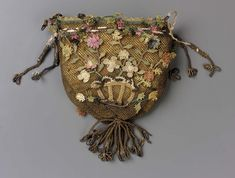 Purse, Late 18thc., Made of silk, lace, and linen
