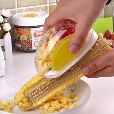 Details:- Stainless steel blades, safe to the touch.- Small enough to fit in palm of your hand.   - Strips off the corn kernels quickly and easily.- Cleaning is easy - it's dishwasher safe.- It comes in Corn Yellow color.