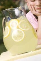 Lemonade Stand Lemonade makes about 1 gallon 2 quarts water 3 1/2 cups sugar 6 cups fresh lemon juice (about 40 lemons) extra lemon slices for garnish, optional In a 3 quart stockpot over medium flame, heat 4 cups of the water with the sugar, stirring until dissolved. Add remaining water. Set aside to cool. To speed up the cooling, set over a bowl full of ice and stir. When room temperature, stir in lemon juice. Serve with ice. Garnish with lemon slices, if desired.